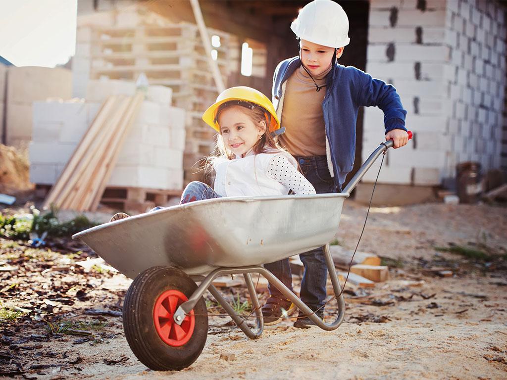 Hausbau mit Kindern